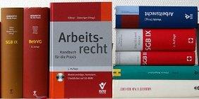 Gesetzbücher und Kommentare zum Arbeits- und Sozialrecht