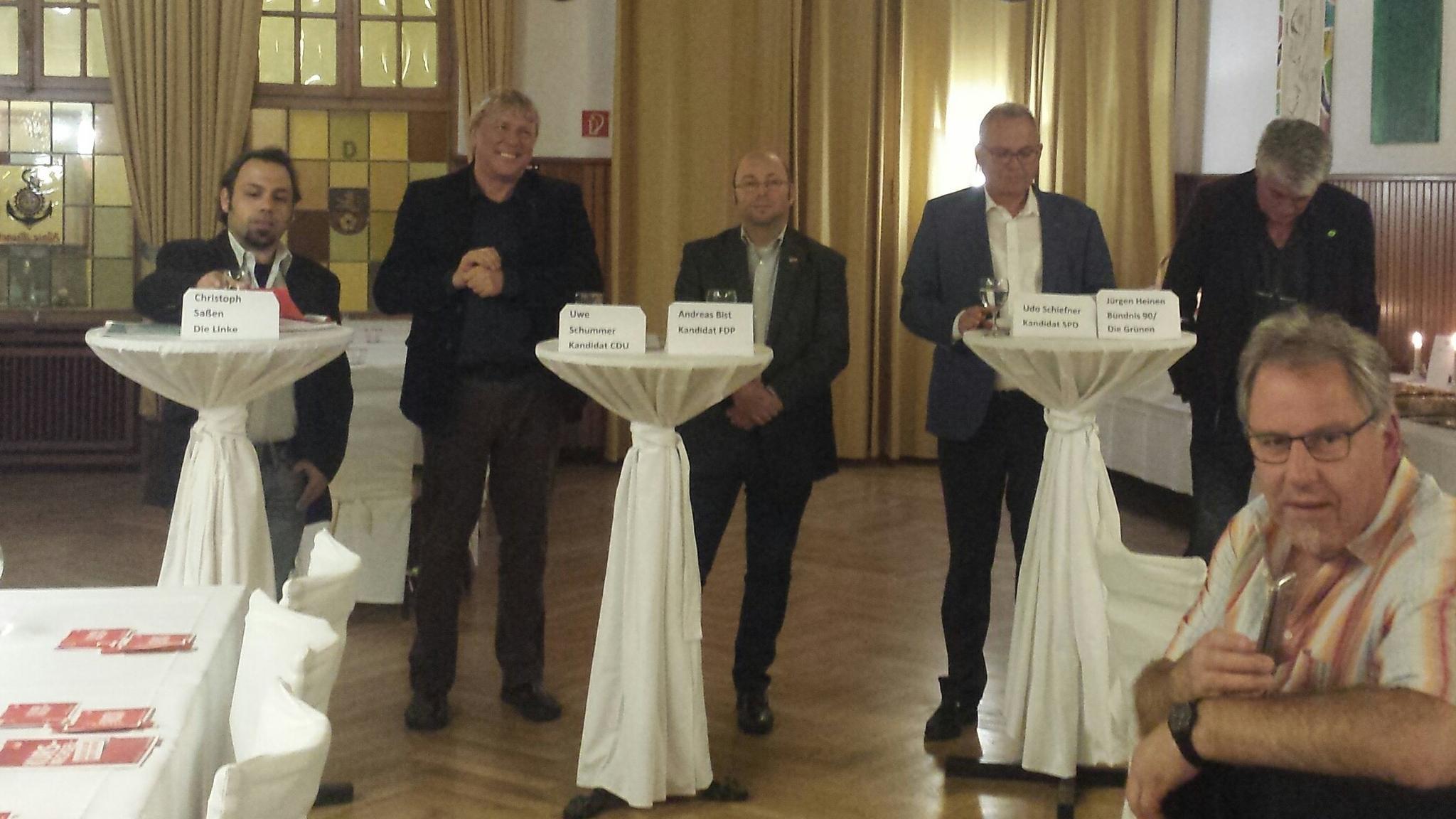 Kandidaten Last-Minute-Stammtisch zur Bundestagswahl