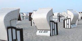 Strandkörbe am Strand von Sellin